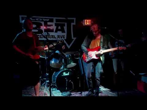 Glass Pony - Swing That Maximus ( Live At The Low Beat, Albany NY  8-8-2018)