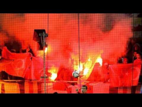 Küstah Ruslar Türk bayrağını yaktı