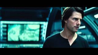 Celebs.com Hot Trailer-NEW Mission Impossible Ghost Protocol Trailer Tom Cruise Simon Pegg