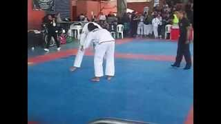 Campeonato de Jiu-Jitsu Conde Koma Juvenil 16 Anos Meio-Pesado Faixa Branca.