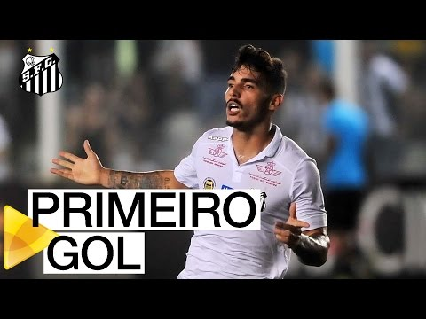 Zeca faz seu primeiro gol como profissional