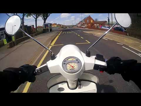 Ron Daley Scooters Vespa PX 200 | ROAD TEST - ScooterLab
