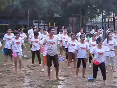Lễ hội té nước 3 - Dân vũ Thái Lan