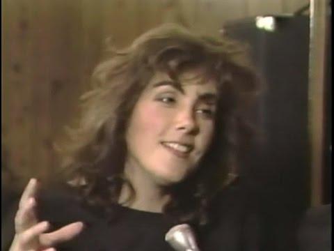 Laura Branigan - Interview [cc] by Carlos DeJesus - The FunHouse Disco NYC (1984)