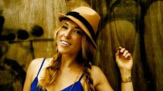 Watch music video: Rachel Platten - You Don't Have to Go