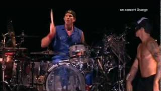 Red Hot Chili Peppers - Look Around - Live at La Cigale 2011 [HD]