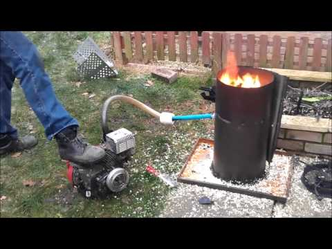 Engine Running on wood gas from home made wood gasifier ...