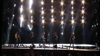 Ciara - 1,2 Step and Work , Live @ Oi Fashion Rocks - Rio 2009