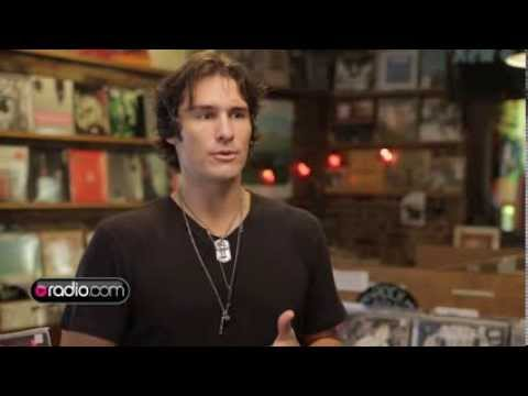 "Joe Nichols Talks Meaning Behind New Album, ""Crickets"""