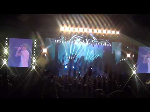 Eminem- Loose Yourself LIVE in NZ