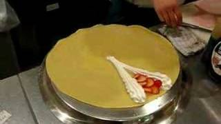 How to Make a Japanese Crepe