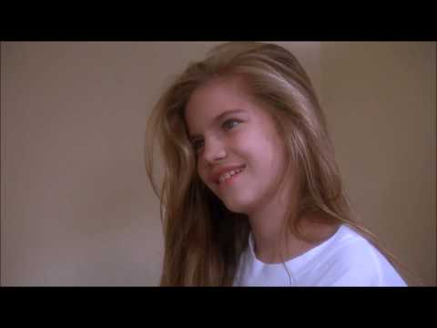 "Anna Chlumsky Best scenes in ""Trading mom"""