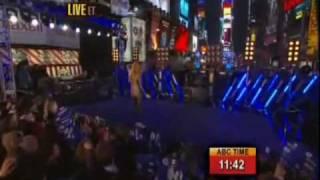 Jennifer_Lopez_-_New_Year_s_Rockin__Eve_2010.flv