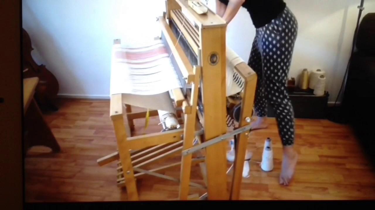 My floor loom folding tutorial - YouTube