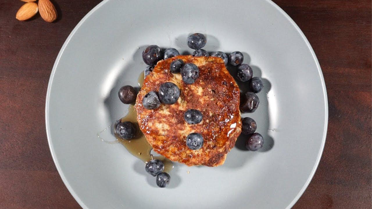 No Comas Pan, Desayuno saludable con huevo y almendras