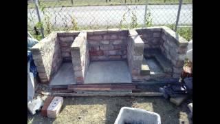 печка мангал коптильня барбекю из кирпича(Этот ролик обработан в Видеоредакторе YouTube (https://www.youtube.com/editor), 2015-10-03T17:55:02.000Z)