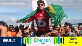 Rio Pro : Adriano de Souza, samba de Saquarema !