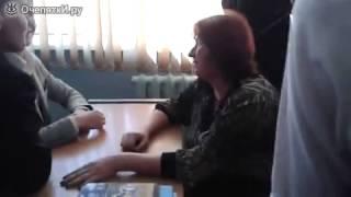 Армрестлинг учительница против ученика