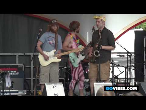 """Lucid Performs """"Styles of Smooth"""" at Gathering of the Vibes Music Festival 2012"""