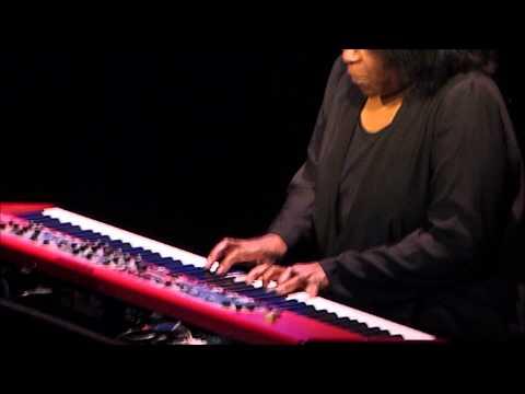 Joan Armatrading - Willow - Scottish Rite Auditorium - April 18, 2015