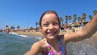 Летим в Барселону, купаемся на море, гуляем по городу -  (Vlog)