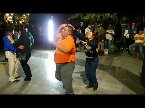 Chuy bailando con Ashley