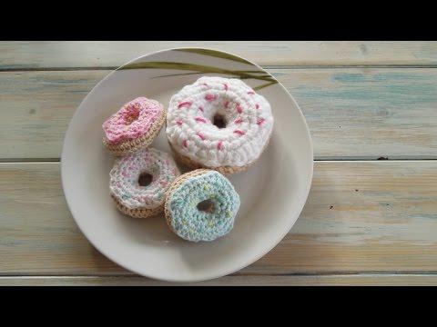 (crochet) How To Crochet a Mini Doughnut - Yarn Scrap Friday