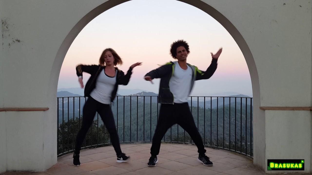 Download Reggaeton lento CNCO (bailemos )- ZUMBA 2017 - coreografía David Brasukas ft Sara Zumba