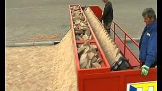 Repeat youtube video Barabás téglakő - térkőterítő gép