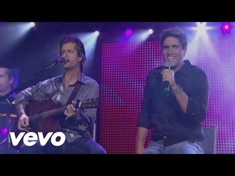 Victor & Leo - Ela Não Vai Mais Chorar (She'S Not Crying Anymore) (Video)