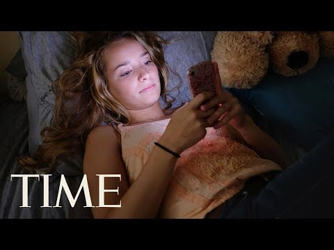 Smartphones Could Be Correlated With Teen Depression: Why We Need To Talk About Kids & Phones | TIME