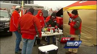 Hardy Chiefs fans brave cold for game day rituals