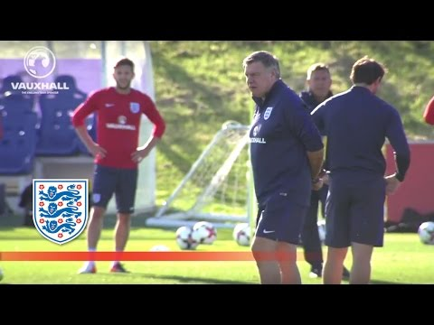 Sam Allardyce's first England training session (Rooney/Kane/Sturridge/Lallana) | Inside Training