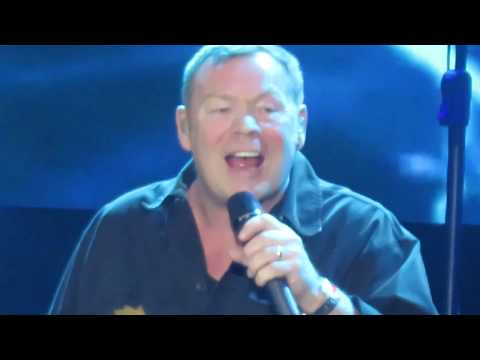 UB40 - Here I Am (Come and Take me) (Santiago-Chile 2017)