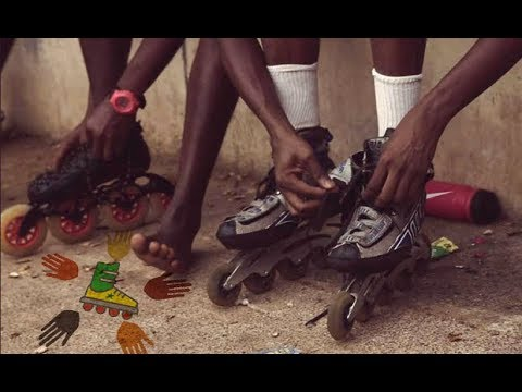 Rollerblades for kids in Senegal [ENGLISH]
