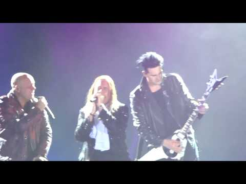 HELLOWEEN - FOREVER AND ONE - Michael Kiske & Andi Deris performing  live @ BOGOTA -COLOMBIA
