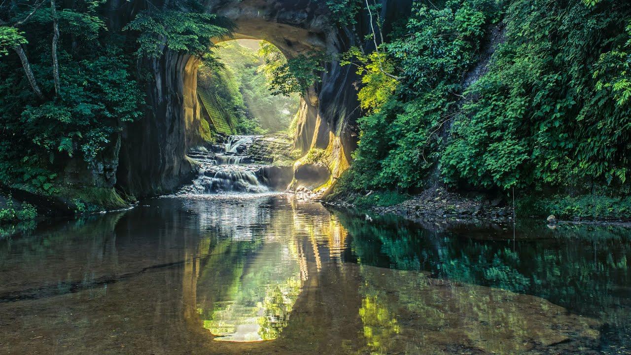 4k Hdr Wallpaper Iphone X 4k Ultra Hd 神秘の絶景 新緑の亀岩の洞窟 濃溝の滝 Nomizo Falls In