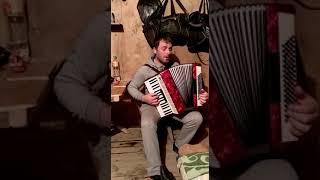 Мухтар.Башкирия.Красивая даргинская песня на гармошке