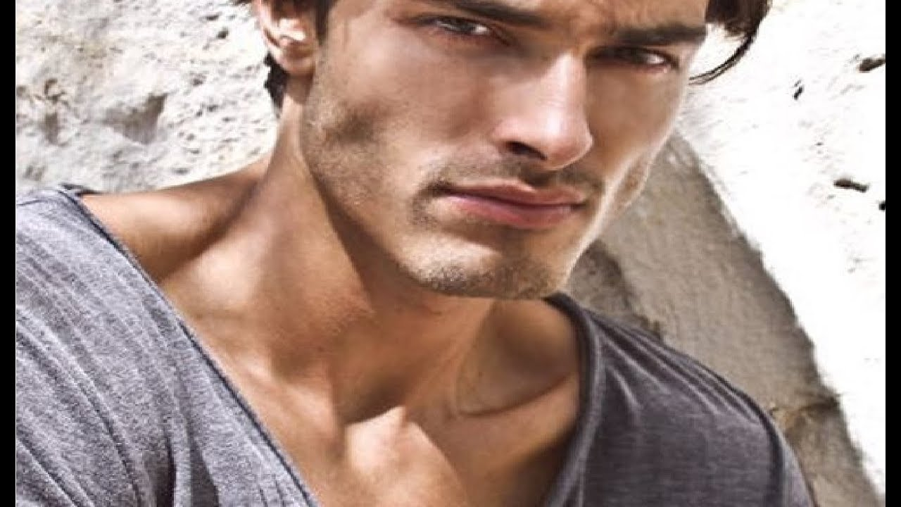 how to get a good jawline - best tips for a stronger