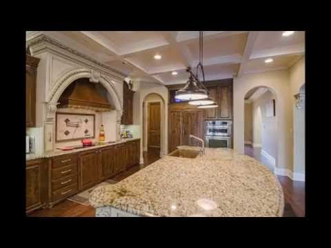 Chateau in Summit, MS for Sale