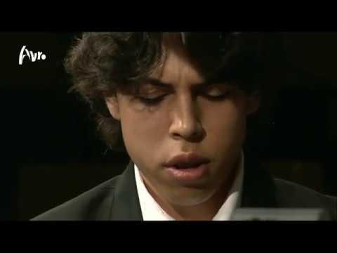 Piano Masterclass on Ravel - Jeux d'eau : Jean Yves Thibaudet teaches Nicolas van Poucke