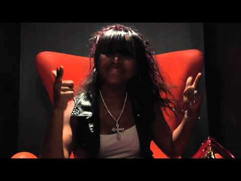 OMGGIRLZ Pretty Girl Bag (Official Video)