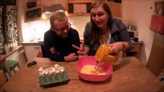 Dezember:Yvonne lernt backen-Crazy Eierkekse