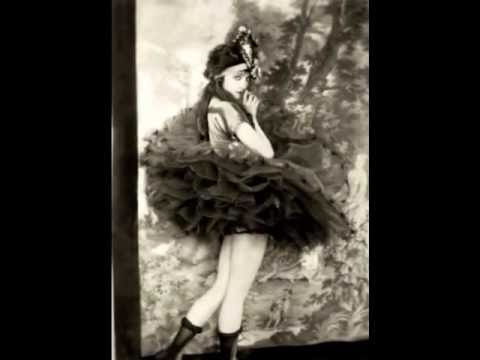 "Ziegfeld Follies ""Glorifying the American Girl"" 1907~1931"