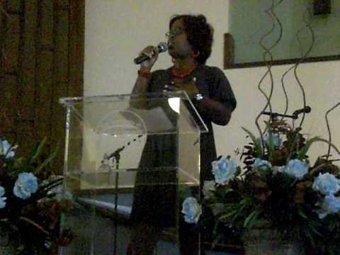 MY SISTER DAWN BROWN SINGING AT CHURCH
