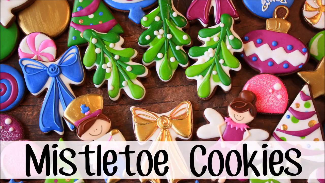 how to make decorated mistletoe sugar cookies for christmas youtube. Black Bedroom Furniture Sets. Home Design Ideas