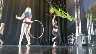 Old town road hula hooping🤣😂- Lil nas x & Billy ray cyrus