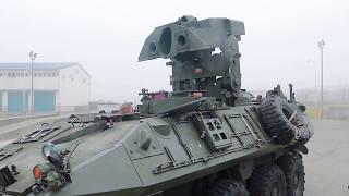 米軍の装甲車LAV?エンジン始動各部動作展示