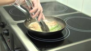 Филе свинины запеченное со спаржей и горчичным соусом