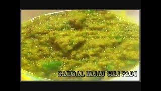 sambal hijau cili padi paling simple dan menyelerakan.. Sangat sedap dimakan bersama nasi putih panas. Pemilik Resepi : Faezah Hassim.